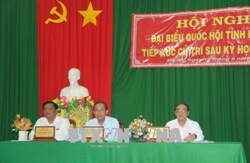 越南选民高度评价国会通过的内容 为国家发展作出贡献 hinh anh 1