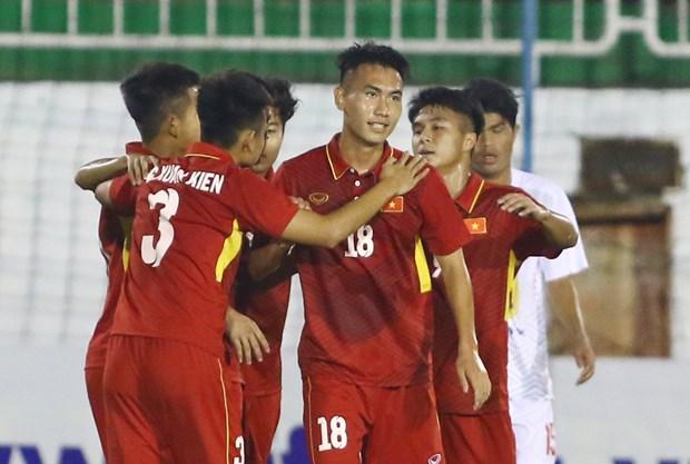 热身赛:越南U19队二度击败对手 hinh anh 1
