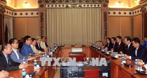 胡志明市与菲律宾加强经贸合作 hinh anh 1