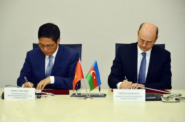 越南与阿塞拜疆政府间经贸与科技合作委员会第二次会议在巴库召开 hinh anh 1