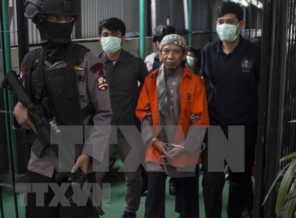 印度尼西亚一名涉嫌恐怖袭击的宗教人士被判死刑 hinh anh 1