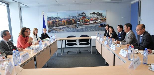 越南与欧盟结束越欧自贸协定法律审查程序 hinh anh 1