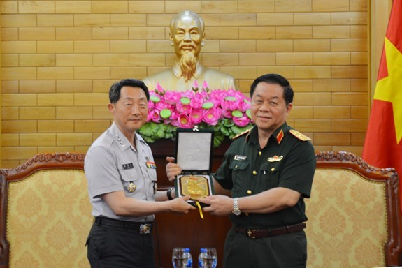 越南与韩国加强防务合作 hinh anh 2