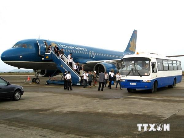 全国各航空港乘客吞吐量达5280万人次 hinh anh 1