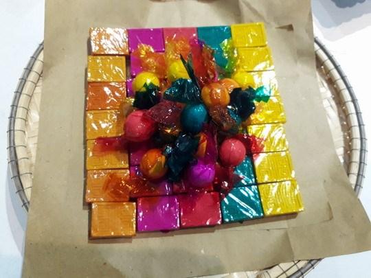 """""""顺化饼特产""""展会推介顺化饼风味特色 hinh anh 2"""