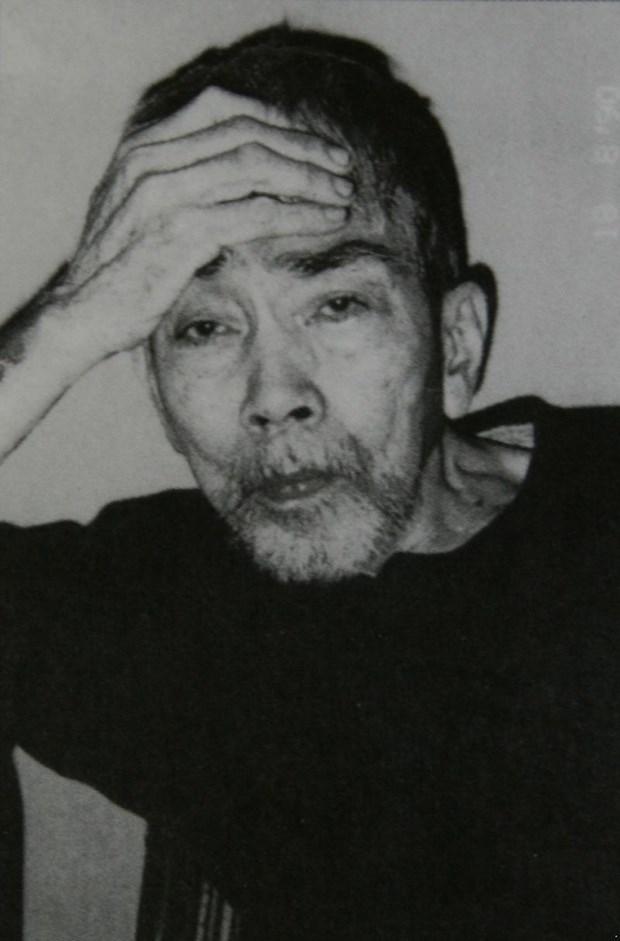 胡志明市美术博物馆展示阮家智画家的宝贵草图 hinh anh 2