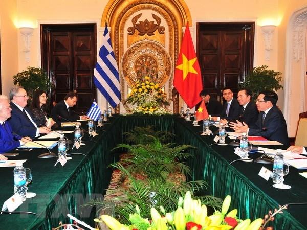 越南政府副总理范平明对希腊进行正式访问助推两国关系向前发展 hinh anh 2