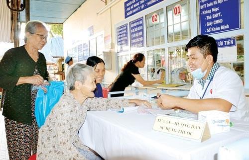 越南参加医疗保险人数达8130 万人 hinh anh 1