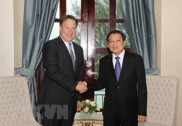 越南共产党代表团访问巴拿马 hinh anh 1