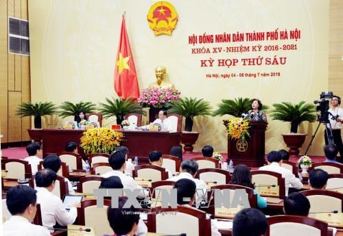 河内市第15届人民议会第6次会议通过九项决议 为首都的发展注入动力 hinh anh 1