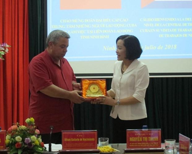 古巴工人中央工会代表团对越南宁平省进行工作访问 hinh anh 2
