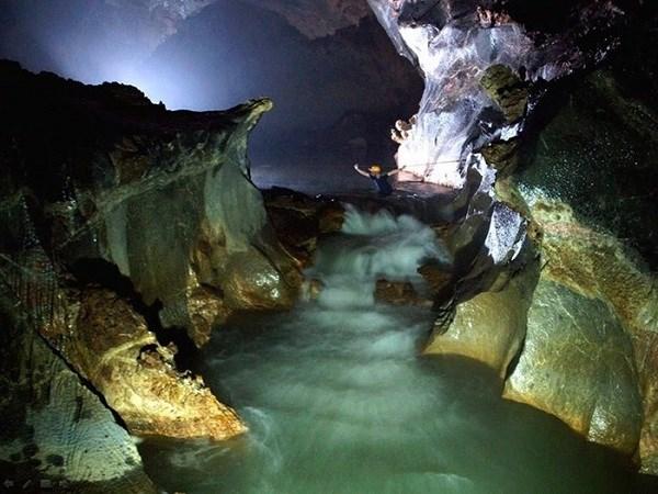 越南愕然洞和山洞窟跻身东南亚10大奇观洞穴名单 hinh anh 2