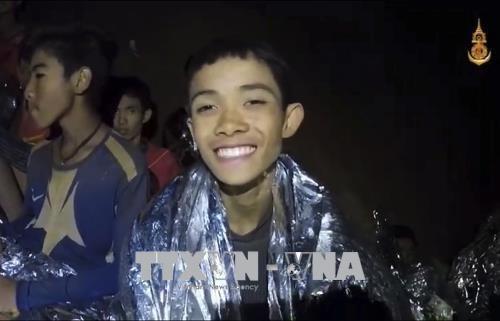 越南政府总理就泰国少年球队安全获救向泰国总理致贺电 hinh anh 2