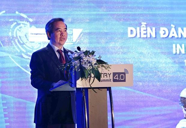 世界上首个被赋予公民权的机器人出席越南工业4.0高级别论坛 hinh anh 2
