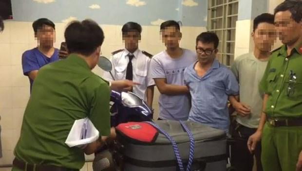 越南公安破获跨境贩毒案 缴获179块海洛因砖 hinh anh 2
