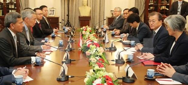 韩国总统承诺改善韩国与东盟之间的关系 hinh anh 2