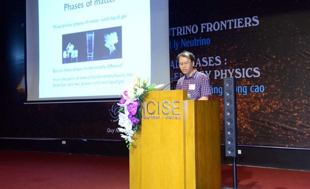 近100名外国科学家赴越出席国际物理学会议 hinh anh 2