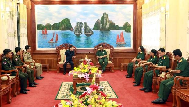 越南与柬埔寨加强地方间合作关系 hinh anh 1