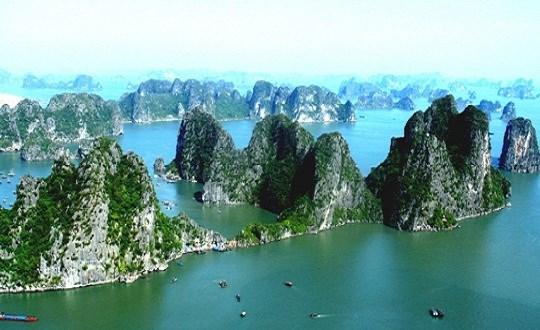 下龙湾被列入世界最美的100 处遗产名录 hinh anh 1