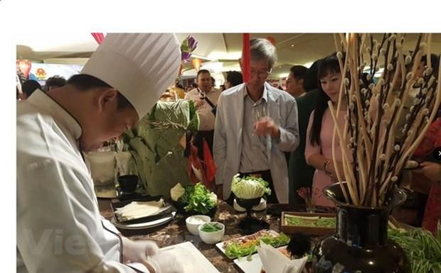 越南文化与饮食推介周在泰国举行 hinh anh 1