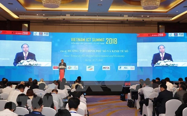 越南政府总理阮春福:需将电子政务的建设与领导人的作用相结合 hinh anh 2