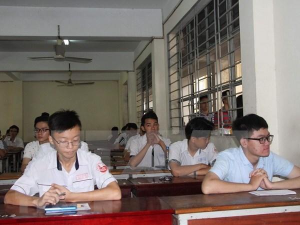教育与培训部部长:加快国家高中毕业和大学入学统一考试试卷复审工作的进度 hinh anh 1