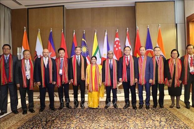 印度呼吁东盟十国对该国基础设施项目进行投资 hinh anh 2