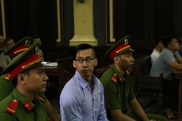一名美籍越裔因涉嫌扰乱社会秩序罪被驱逐出境 hinh anh 2