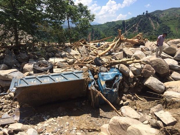 越南祖国阵线向安沛省拨出10亿越盾 用于灾后恢复重建工作 hinh anh 2