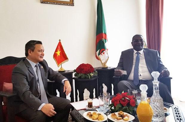 越南与阿尔及利亚加强旅游合作 hinh anh 1