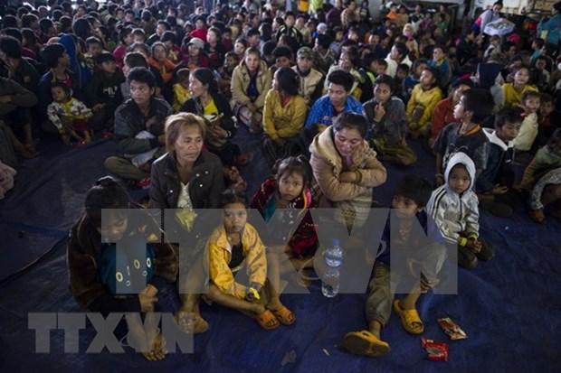 越南人携手帮助老挝人民克服大坝倒塌后的灾难 hinh anh 1