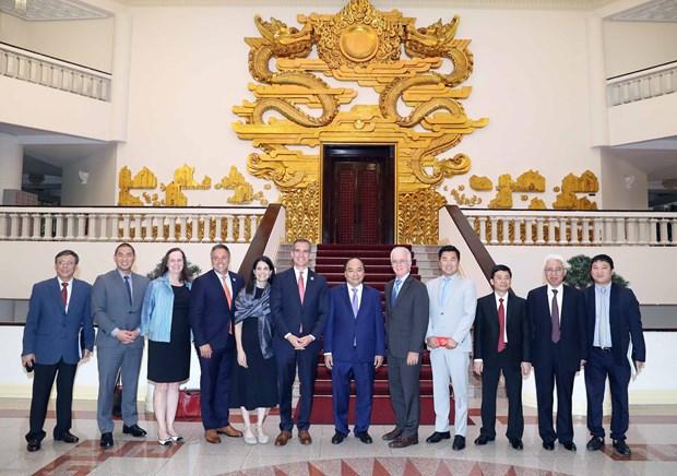 越南政府总理阮春福会见美国加州洛杉矶市长埃里克·加希提 hinh anh 3