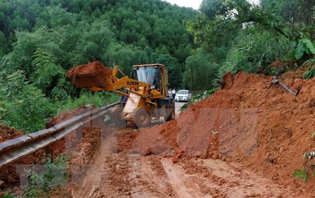 """台风""""山神""""给越南道路系统造成经济损失约1227万美元 hinh anh 1"""