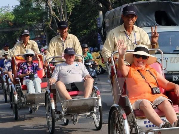 越南接待国际游客继续猛增 hinh anh 2