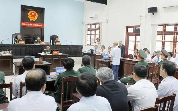 丁玉系滥用职权案:军队法院建议判处有期徒刑12至15年 hinh anh 2