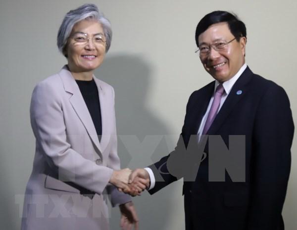 范平明在AMM-51期间密集与各国外长举行双边会晤 hinh anh 1