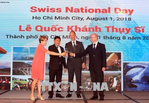 瑞士国庆节727周年庆典在胡志明市举行 hinh anh 2
