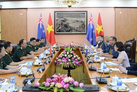 越南与新西兰加强防务合作关系 hinh anh 2