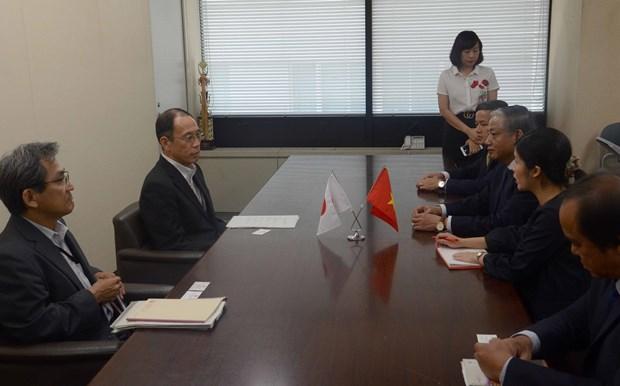 越南和日本签署有关护理实习生备忘录 hinh anh 1