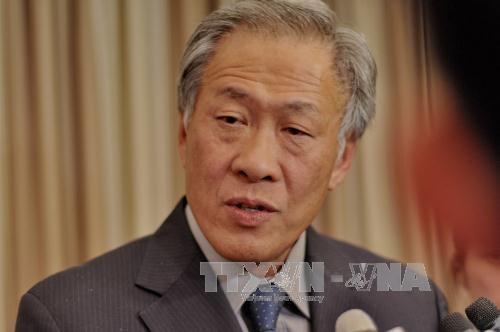 新加坡国防部长呼吁东盟与中国尽早完成《东海行为准则》 hinh anh 1