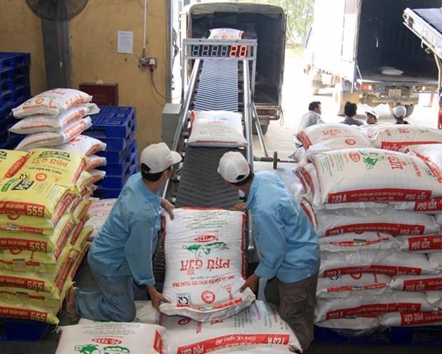 越南进口企业需主动应对外汇变动 hinh anh 1