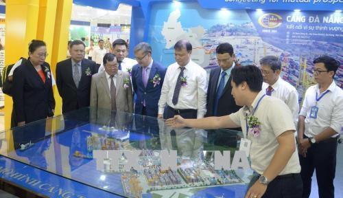 岘港国际东西经济走廊投资贸易与旅游博览会吸引国内外200家企业参加 hinh anh 1