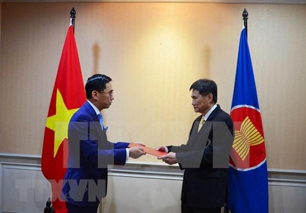 越南承诺开展东盟共同体建设过程中的优先事项 hinh anh 1