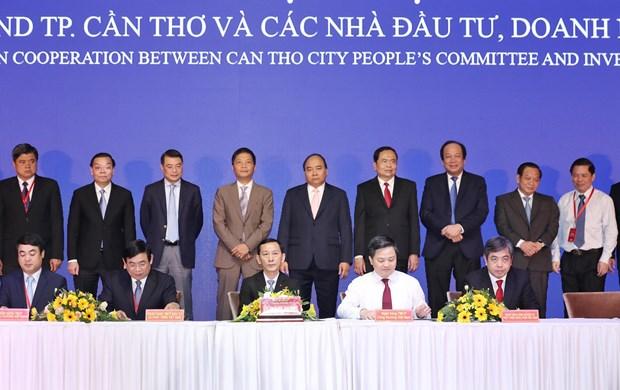 政府总理阮春福:芹苴市是一座深具本土特色 能够激励奋发向上的动力城市 hinh anh 2