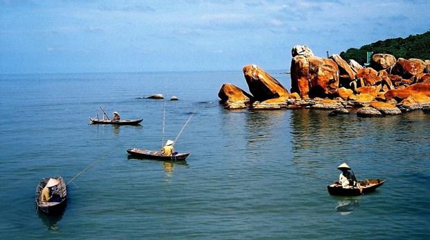 金瓯省注重提高优势旅游产品的质量 hinh anh 1