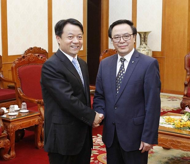 越共中央对外部部长黄平君会见中国共青团代表团 hinh anh 1