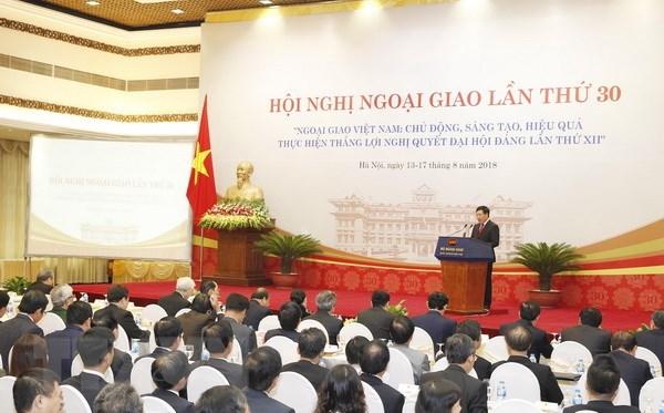 第30届外交会议:越南驻外代表机构主动推动贸易投资合作 hinh anh 1