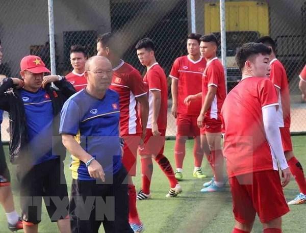 ASIAD 2018:主教练朴恒绪透露越南球队的首发阵容 hinh anh 1
