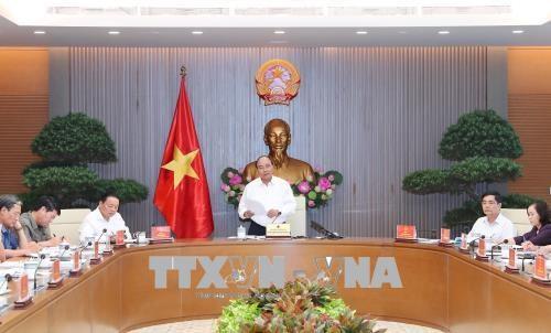 政府总理阮春福主持召开关于越南海洋战略的会议 hinh anh 1