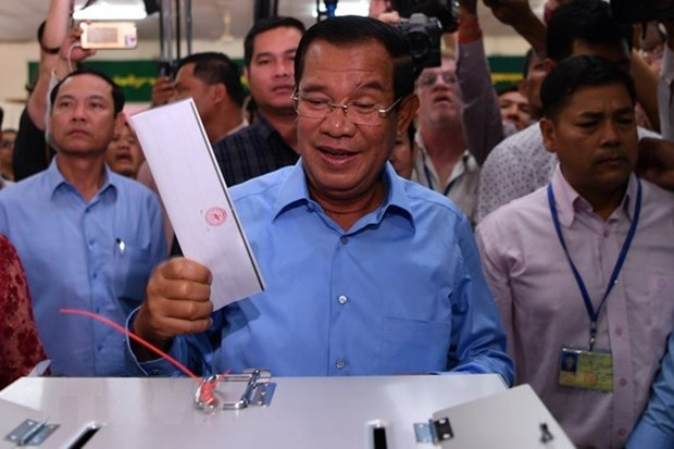 柬埔寨执政党人民党获得国会全部125个议席 hinh anh 1
